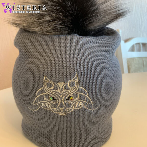 Серая двойная шапка с кошечкой от Wisteria