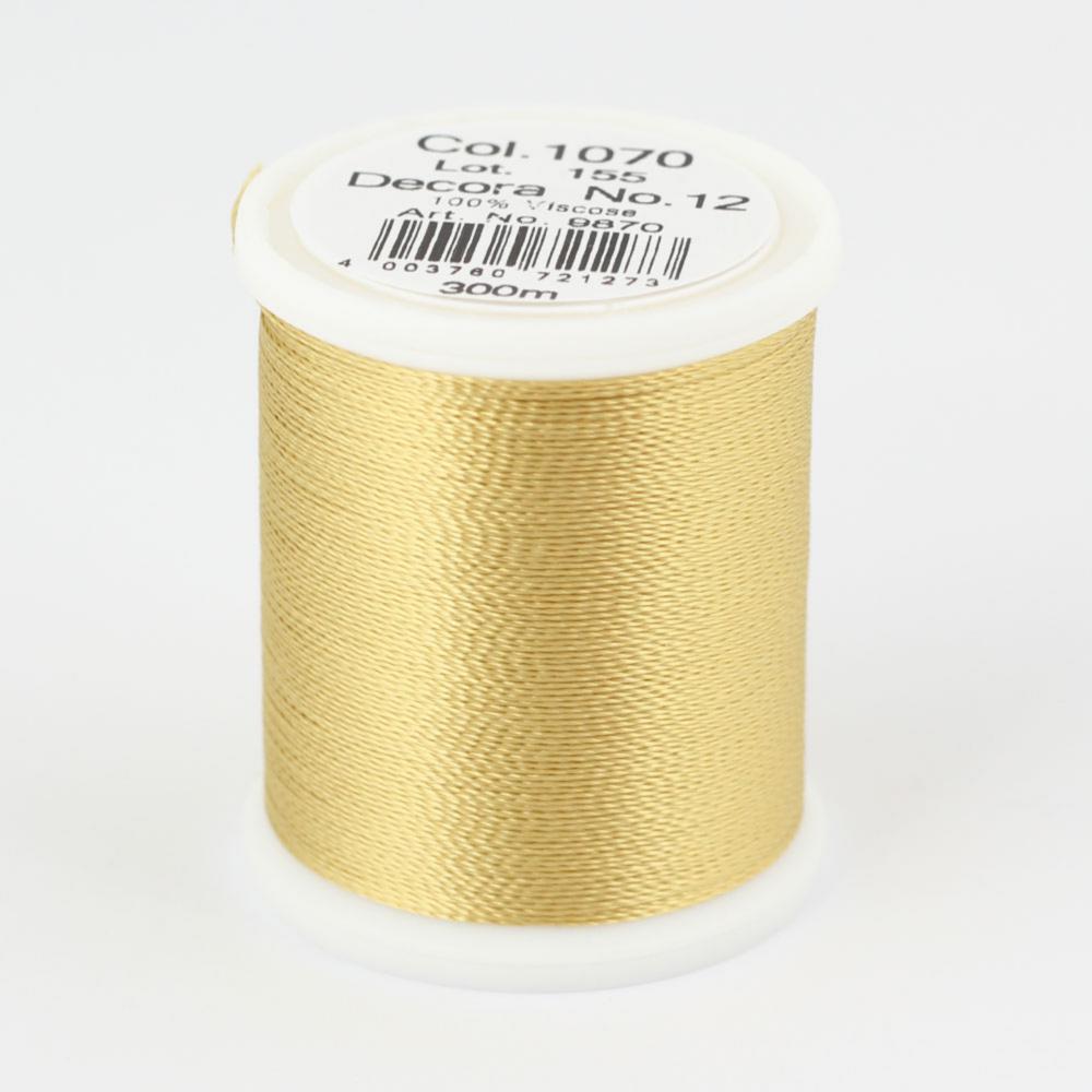 1070/9870 DECORA №12 100% вискозная нить с объемным кручением, 300 м